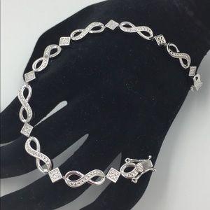 Jewelry - HUO Shiny Diamond Infinity Design Bracelet